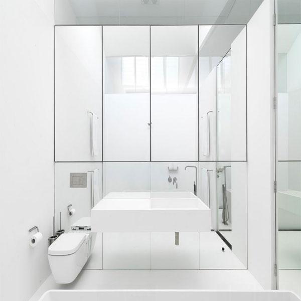 آینه کاری دیوار دستشویی و حمام